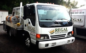 regal-pest-control-exterminating-truck